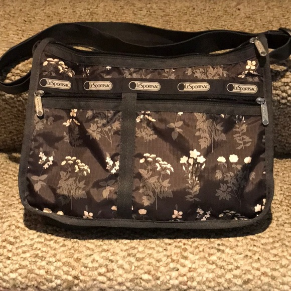 LeSportsac crossbody shoulder bag